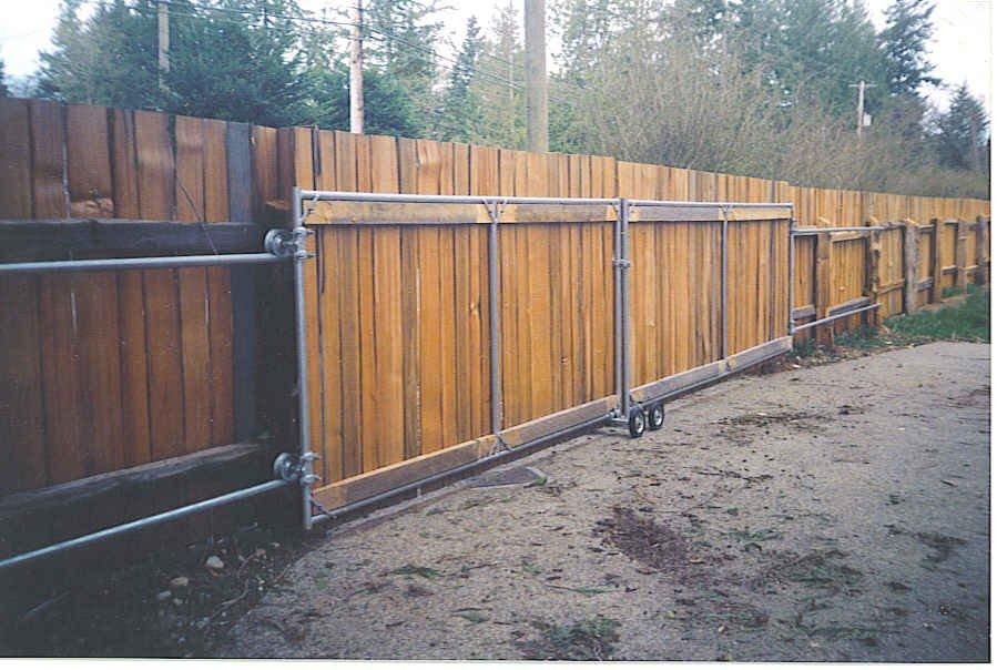 Splitcedarproducts gates for driveways gardens for Building a sliding gate for a driveway